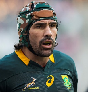 Victor Matfield in the scrum cap Cosato does not like