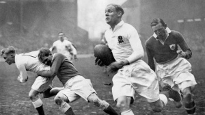 The great Peter Cranmer makes a break against Wales in 1935
