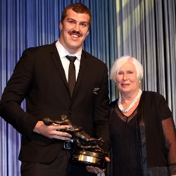 Brodie retallick receives New Zealand Player Of The Year 2014