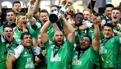 Guinness PRO12 Final, BT Murrayfield, Edinburgh, Scotland 28/5/2016 Connacht vs Leinster Connacht captain John Muldoon lifts the PRO12 trophy Mandatory Credit ©INPHO/James Crombie